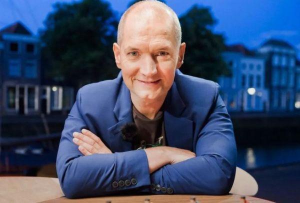 Karl Vannieuwkerke in 'Vive Le Vélo' op Eén